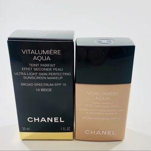Chanel Vitalumiere Aqua Foundation 10 Beige